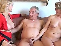 German mature ladies have wild threesome sex with an old guy