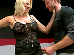 Blonde milf Dallas Diamondz dances and gets fucked in cowgirl position