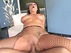 Vannah Sterling gets fucked in a hot blowjob and bang action