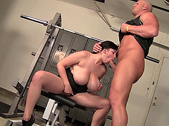 Brunette milf and her trainer try out anew workout in the gym