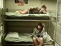 Порно с извращениями в тюрьме