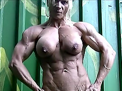 Incredibly Muscular Woman Nude