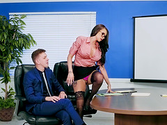 Office slut Raven Bay gets a dick of her co-worker in the ass