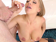 Busty Britney Amber knows exactly what a horny guy likes the most