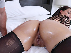 Big oily ass of Valentina Jewels gets fucked by a big fat cock roughly