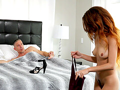 Cecilia Lion adores strong orgasm and her friends juice on her face