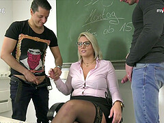 Professor Tatjana-Young blowing lessons