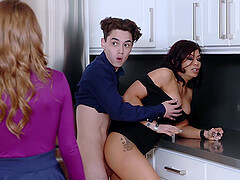 Rosalyn Sphinx wants to be fucked in a threesome with a young dude