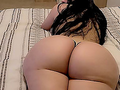 I fuck my Spanish stepmom