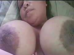 Arab wife shows her big tits